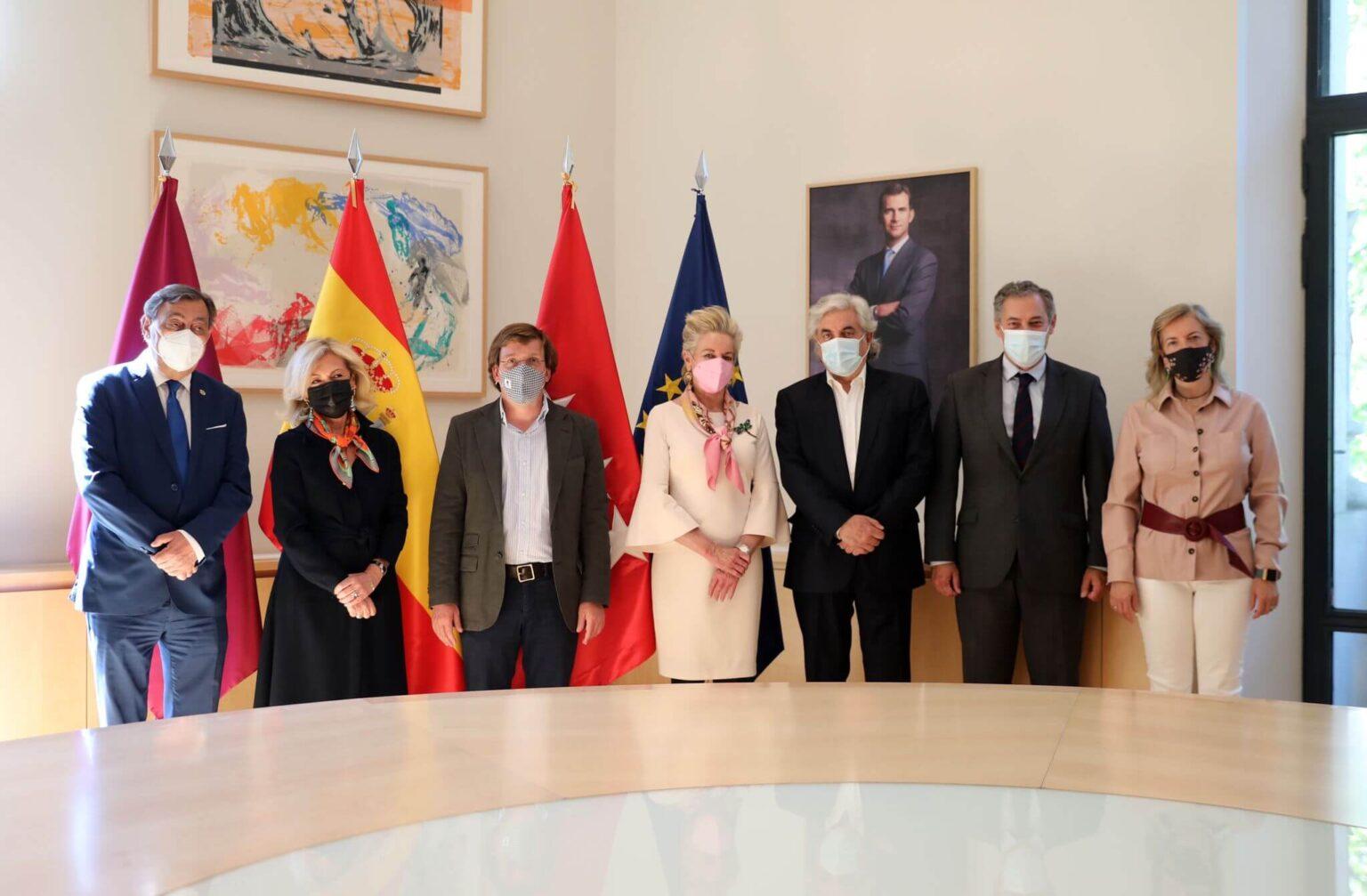 La Asociación de Juristas y Profesionales del Derecho San Raimundo de Peñafort es recibida por el Alcalde de Madrid Excmo. Sr. D. José Luis Martínez-Almeida Navasqüés